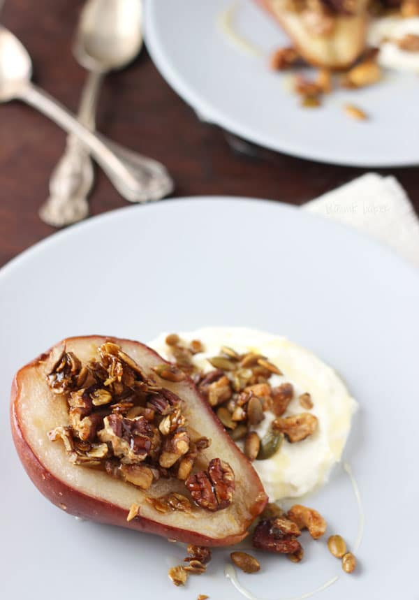 Guest Post | Roasted Pears with Oat Crumble