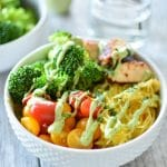"Guest Post | Spaghetti Squash ""Noodle"" Bowls with Spicy Chicken"
