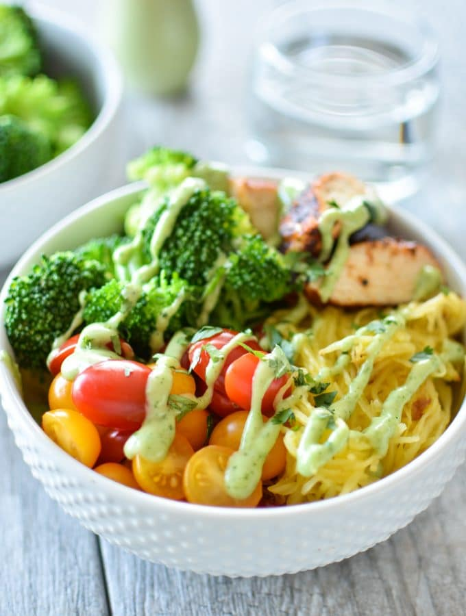 "Guest Post | Spaghetti Squash ""Noodle"" Bowls"