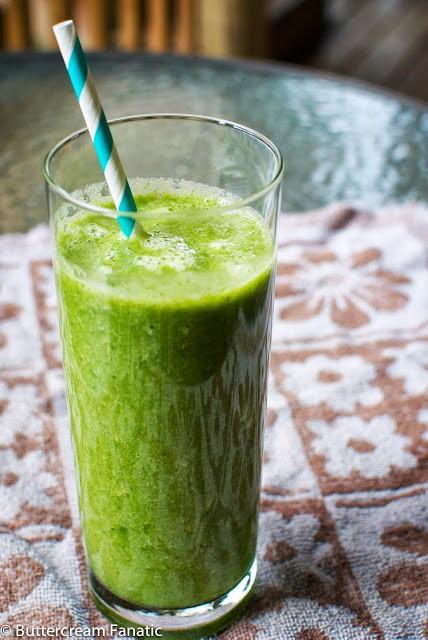 Mean Green Smoothie (Gluten free, paleo, vegan & raw)