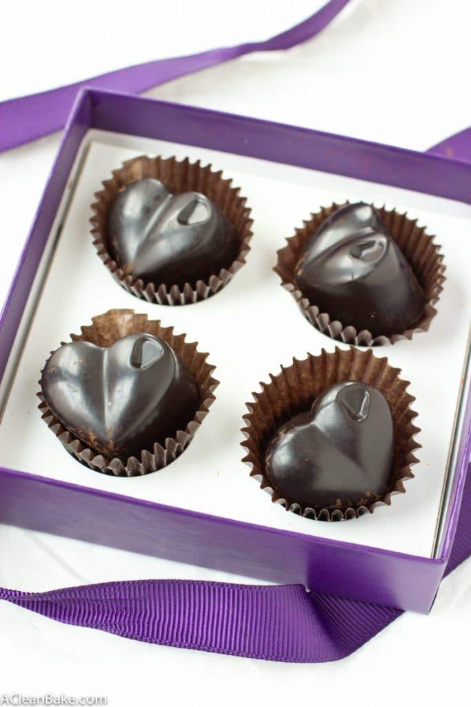 Homemade Sugar Free and Paleo Dark Chocolate