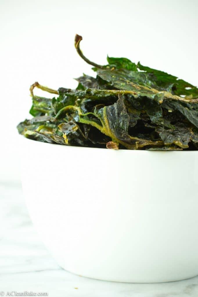Homemade Sea Salt Lime Spinach Chips (Vegan, Gluten-Free, Grain-Free, Paleo)