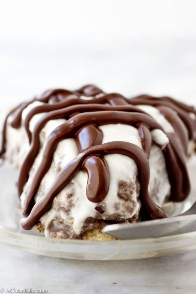 Would you believe this decadent Nutella Banana Cream Pie is gluten free and paleo-friendly!?