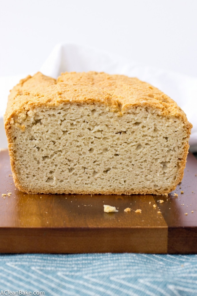 Paleo friendly and yeast free grain free sandwich bread that you can make in your own kitchen with no funny ingredients, stabilizers or additives! (gluten free, grain free)