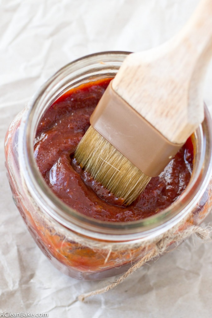 Easy Crockpot BBQ sauce that doesn't require any stovetop cooking, and is free of refined sugar (also vegan, paleo and gluten free). Set it and forget it!
