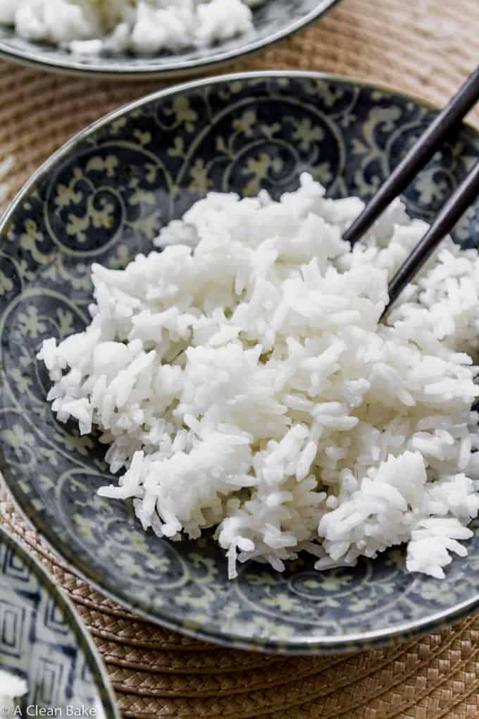 Slow Cooker Rice for a great side dish - How To Cook Rice In The Crock Pot (gluten free and paleo side dish)