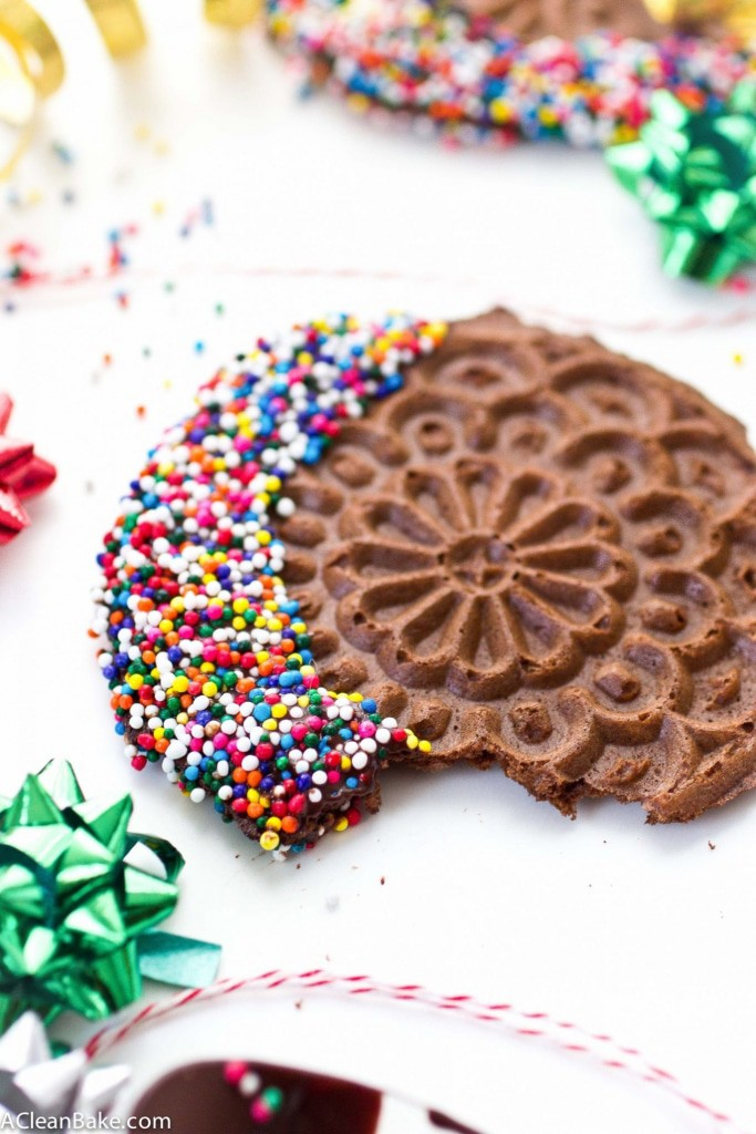 Grain Free Chocolate Pizzelles. These classic Italian cookies are made grain free, gluten free and paleo friendly but stay as crisp and flavorful as ever! #simplemills #12daysofcookies #lifeoftheparty