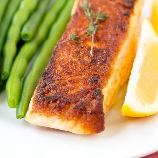Easy Weeknight Seared Salmon with a Crispy Crust (gluten free, paleo, low carb)