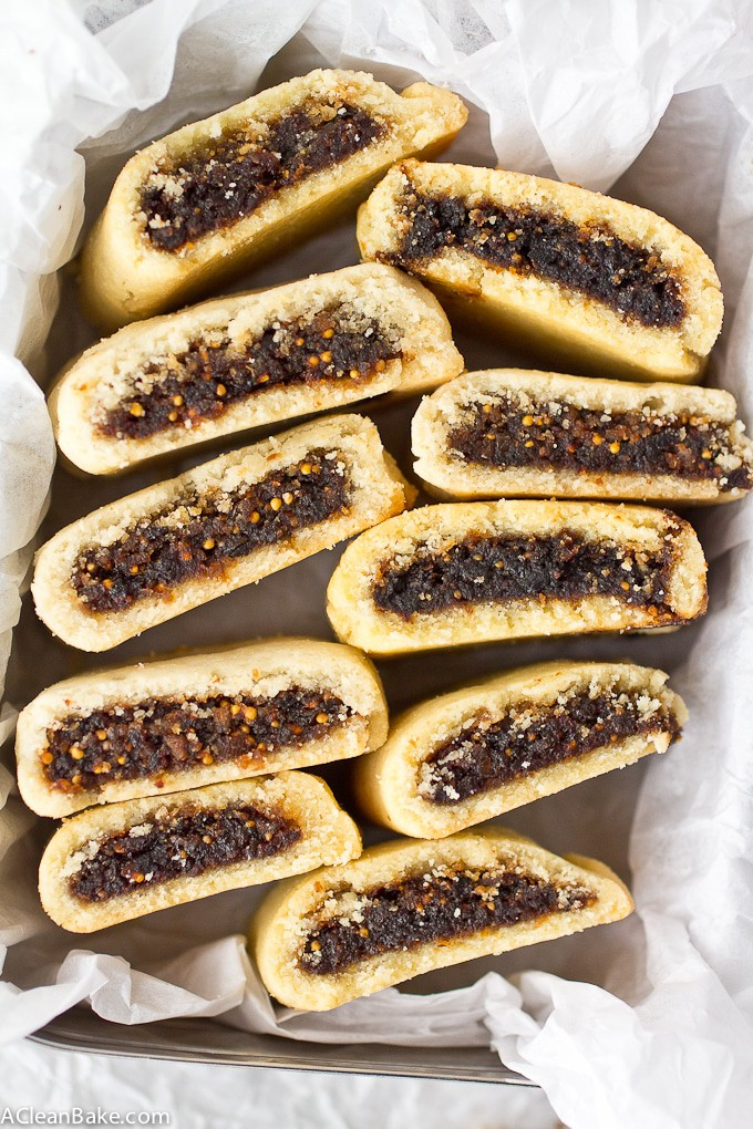 Paleo Fig Newtons! Skip the packaged cookies because grain free, naturally sweetened and paleo fig newtons are so easy to make at home! Clean Eating Homemade Fig Newtons are gluten free, grain Free, paleo friendly, and naturally sweetened.