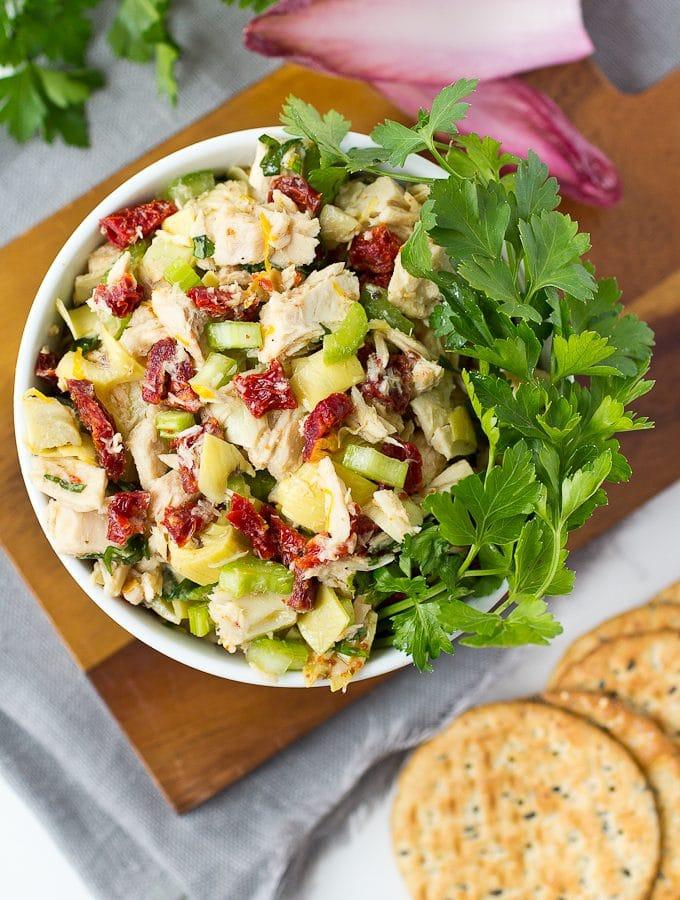 Mediterranean Tuna Salad (Mayo-Free)