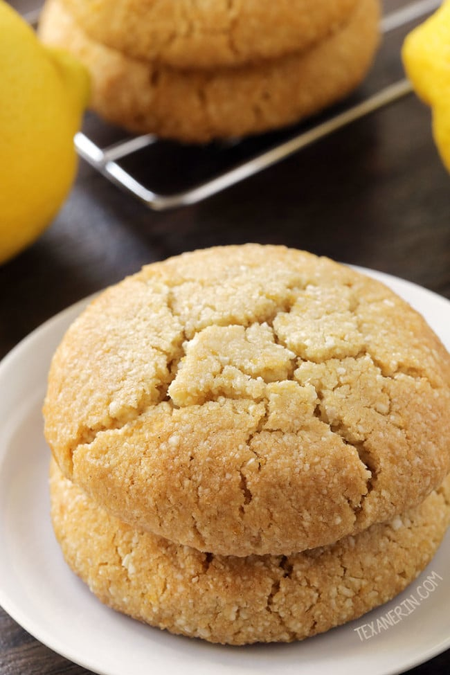 vegan-paleo-lemon-cookies-1-650x975
