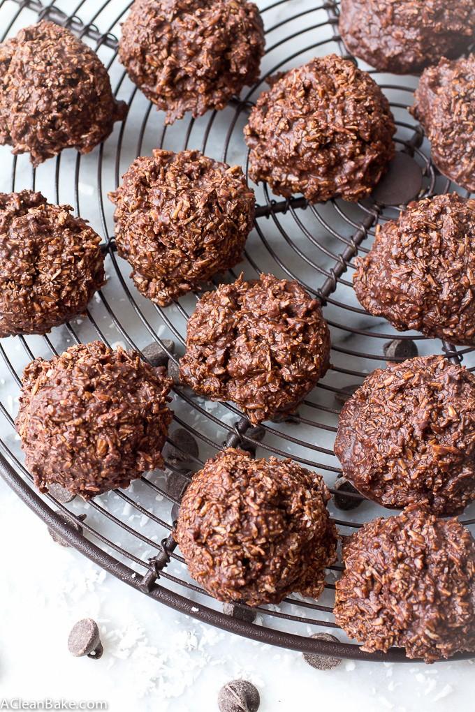 No-Bake Chocolate Macaroons (gluten free, grain free, paleo, vegan, dairy free)