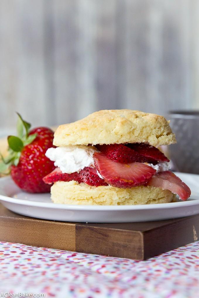 Paleo Strawberry Shortcake (Gluten free, Low Carb)