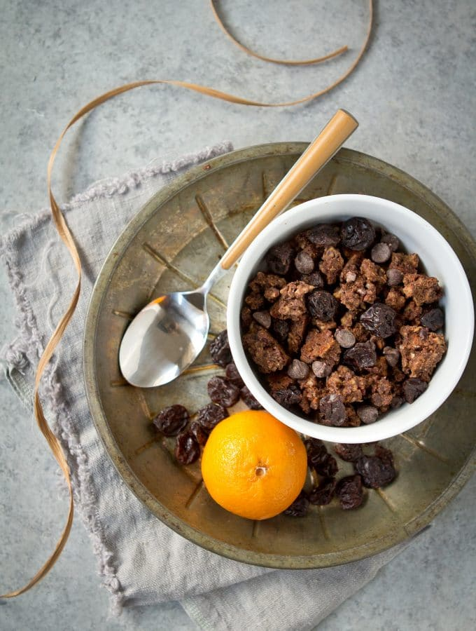 Chocolate Gluten Free and Grain Free Granola (Paleola)