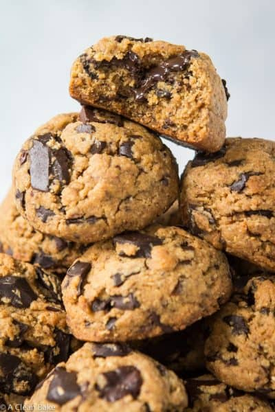 Paleo & Vegan Chocolate Chip Cookies