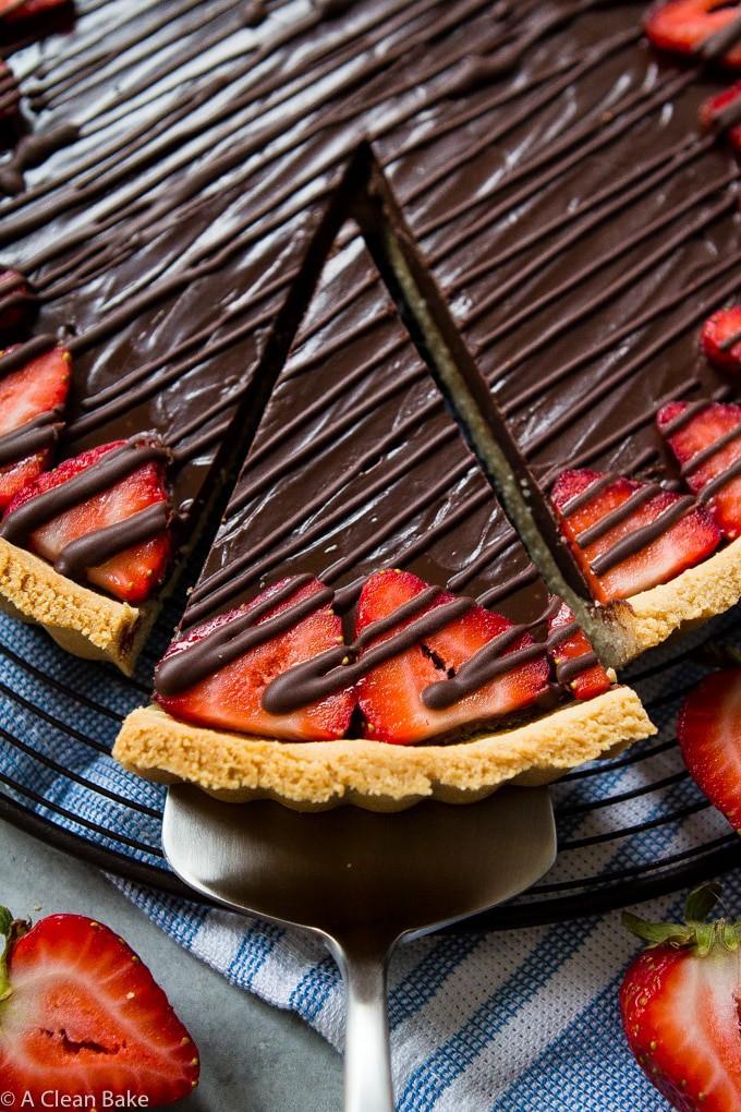 Paleo Chocolate Ganache Tart (gluten free, dairy free, low carb)