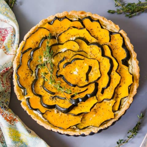 Roasted Acorn Squash Tart with Ricotta and Thyme (#glutenfree #paleo #vegetarian #thanksgiving #recipe)
