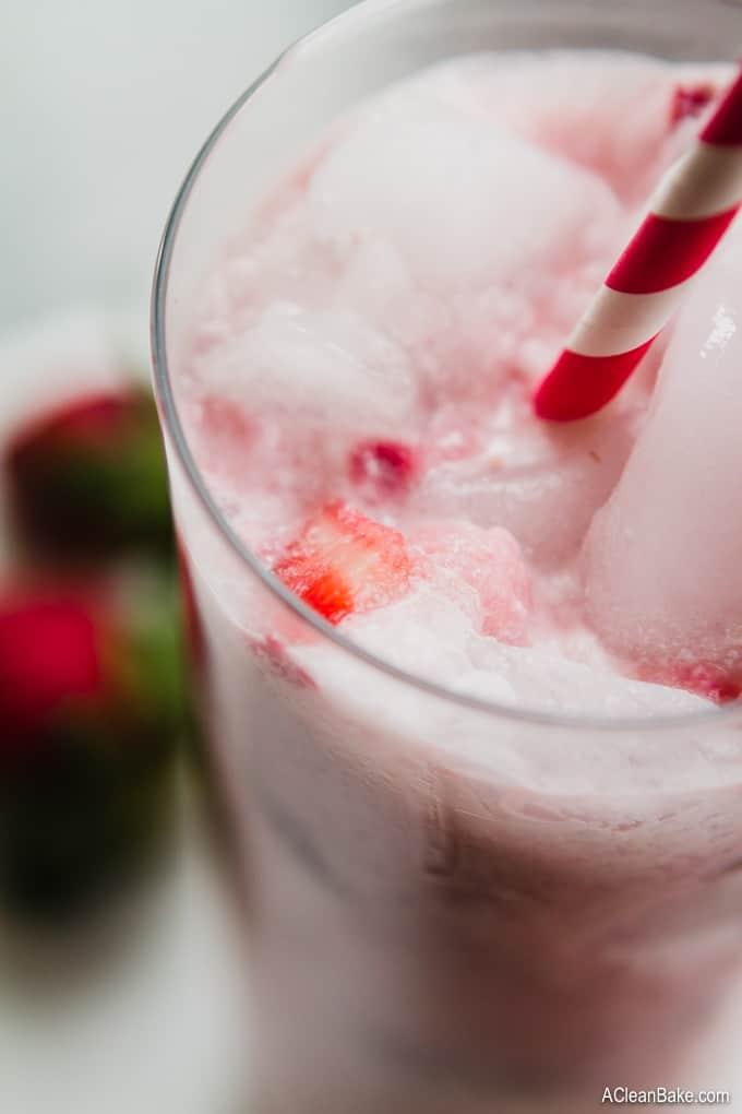 Hydrating Homemade Pink Drink (#Healthier #Paleo and #Vegan #Starbucks #Copycat) #glutenfree #healthydrink #healthycopycat #starbuckscopycat #pinkdrink #paleodrink #glutenfreedrink #vegandrink #drinkrecipe #beveragerecipe