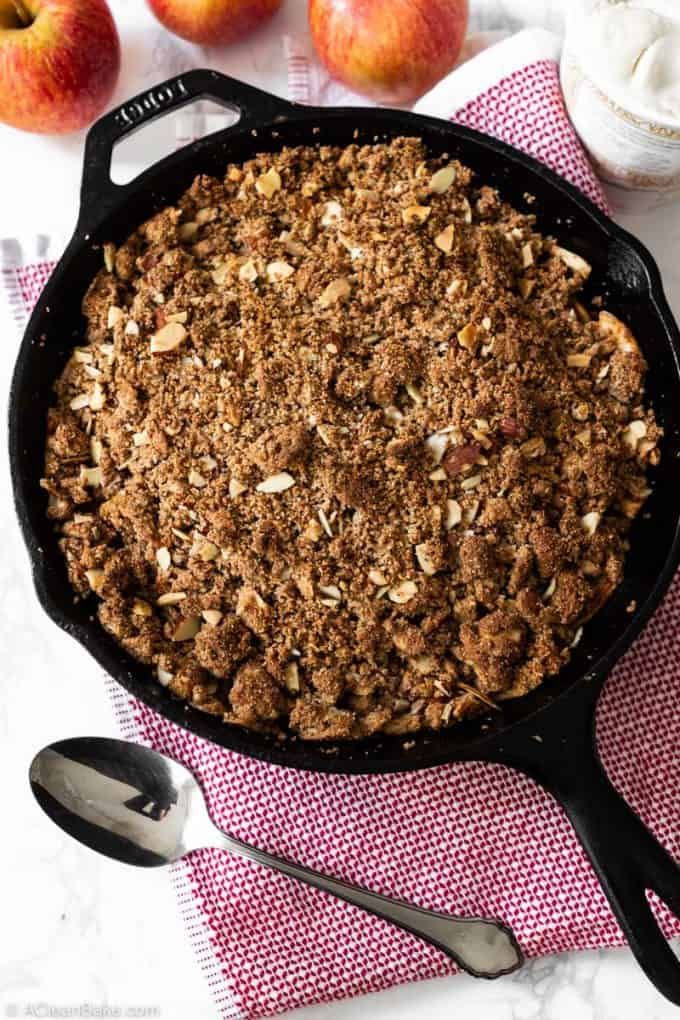 Pan of vegan paleo apple crisp